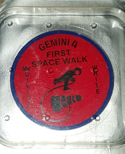 Omega Speedmaster Limited Edition GEMINI IV Case Back Crystal