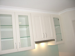 Overhead Cabinetry and Rangehood