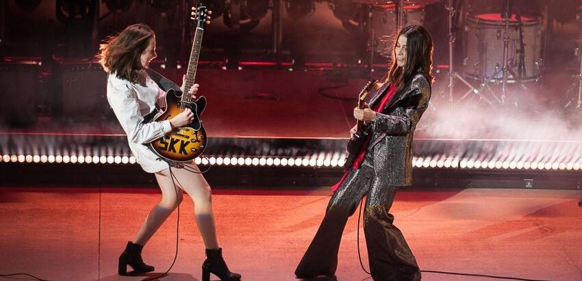 HAIM imitan a Guns N' Roses en Feel The Thunder