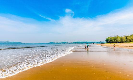 goa-miramar-beach-147714495783o.jpg