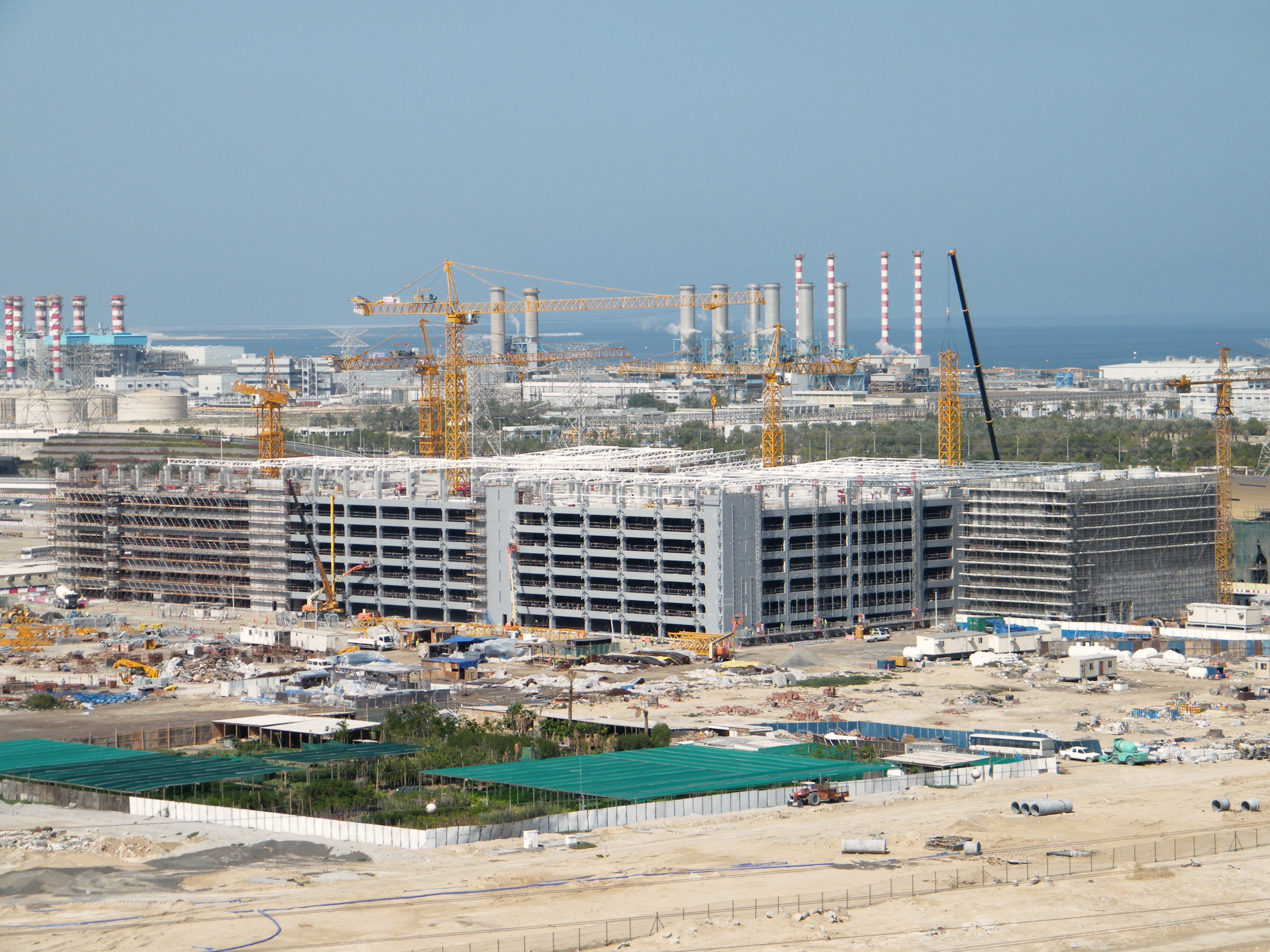 Nakheel Harbour Metro Car Park