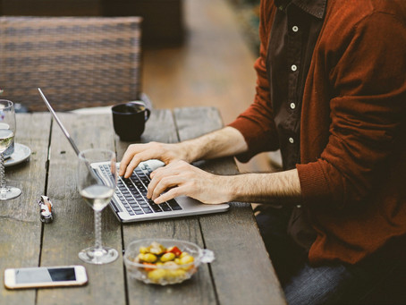 Everyone Loves to have a Nice Livelihood As A Blogger