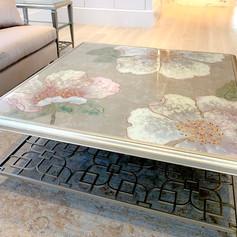 Sasanqua Table
