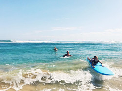 family surfing school