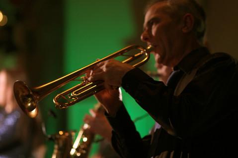 Trumpet, Dancin' Easy