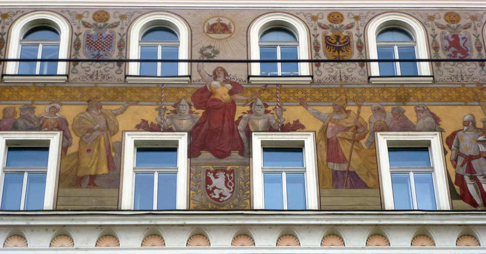 Painted Wall, Prague (3)