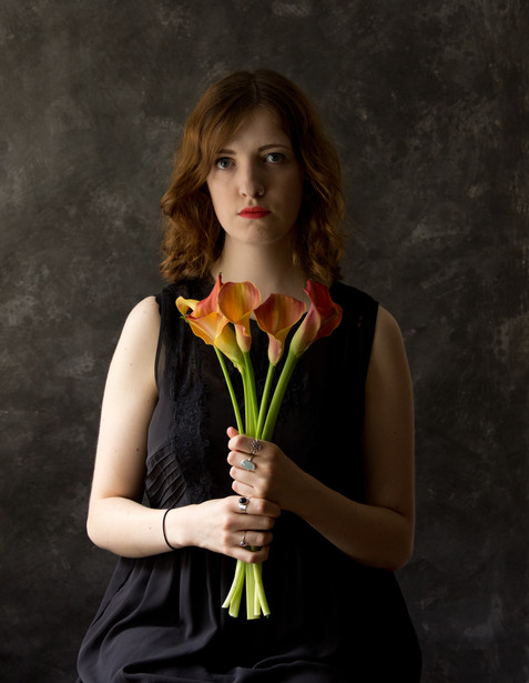 Nerissa with calla lilies