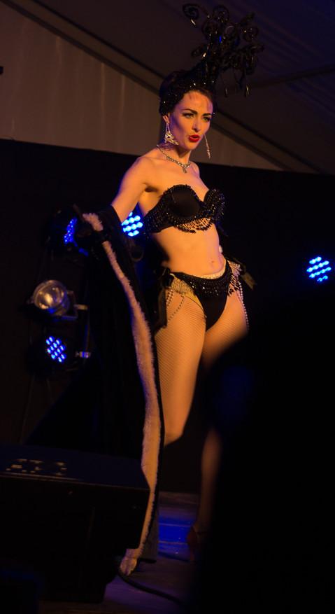 Burlesque (I)