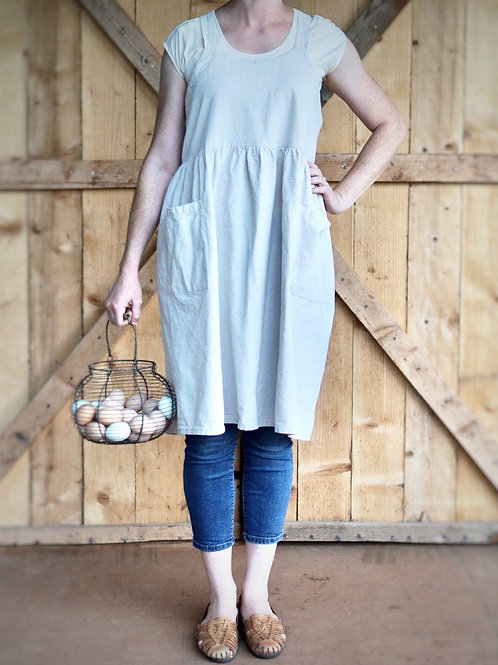 Pinafore Apron With Two Pockets {Natural Cotton}