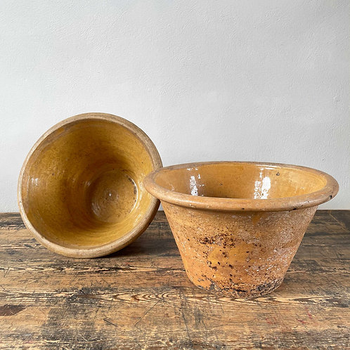 An antique Welsh Dairy Bowl, Wales Early 19th Century