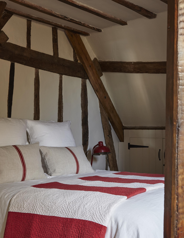 Second floor bedroom the Mint in Rye