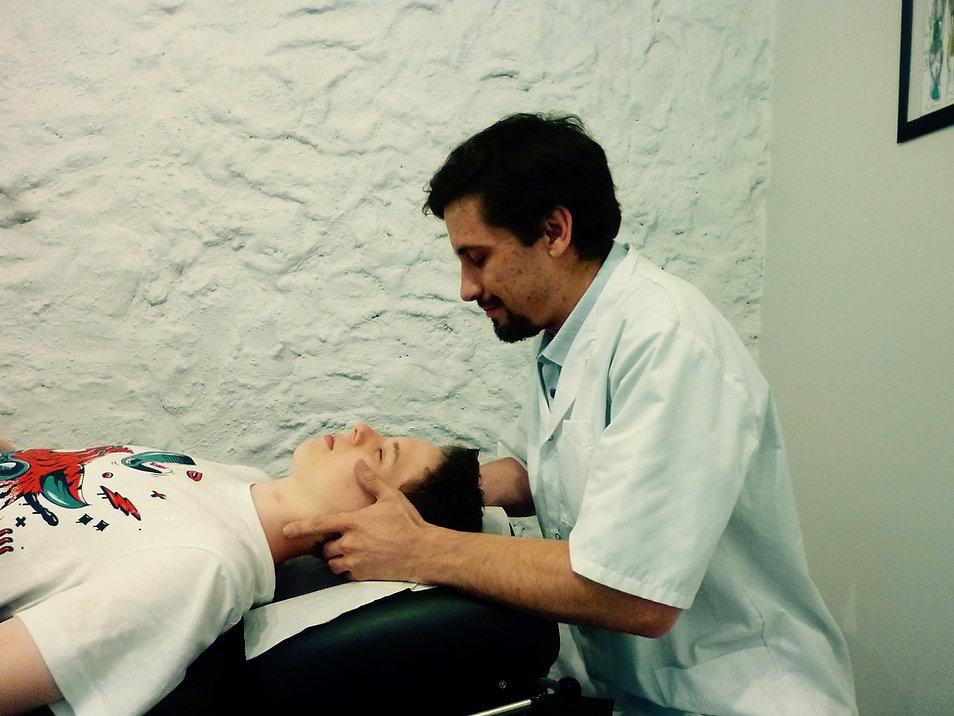 Charles Kalmus jeune chiropracteur a votre service dans le 78