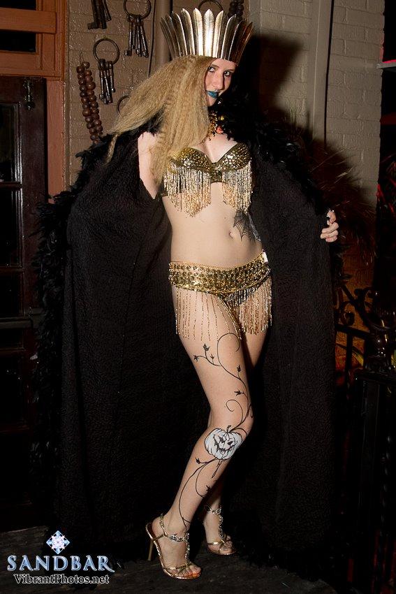 Jessica Lenz Full Body Egyptian Bikini