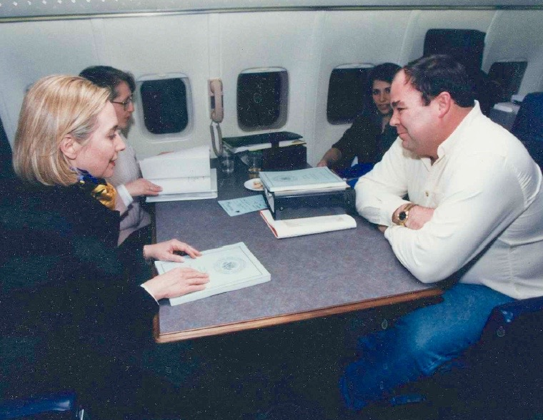 Airplane Briefing: Hillary Clinton