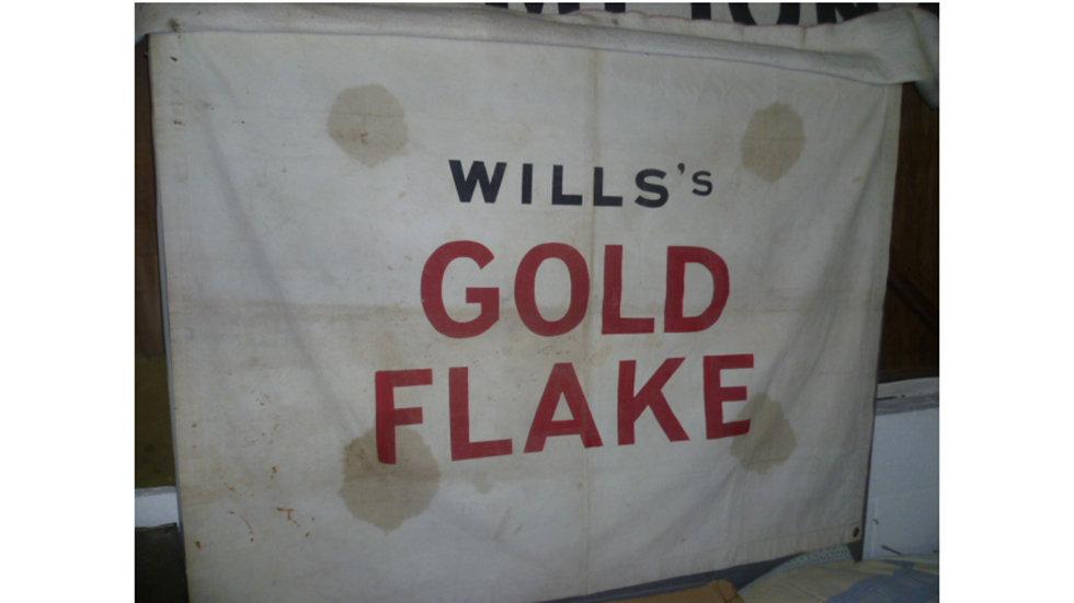 Original Wills Gold Flake Canvas Banner