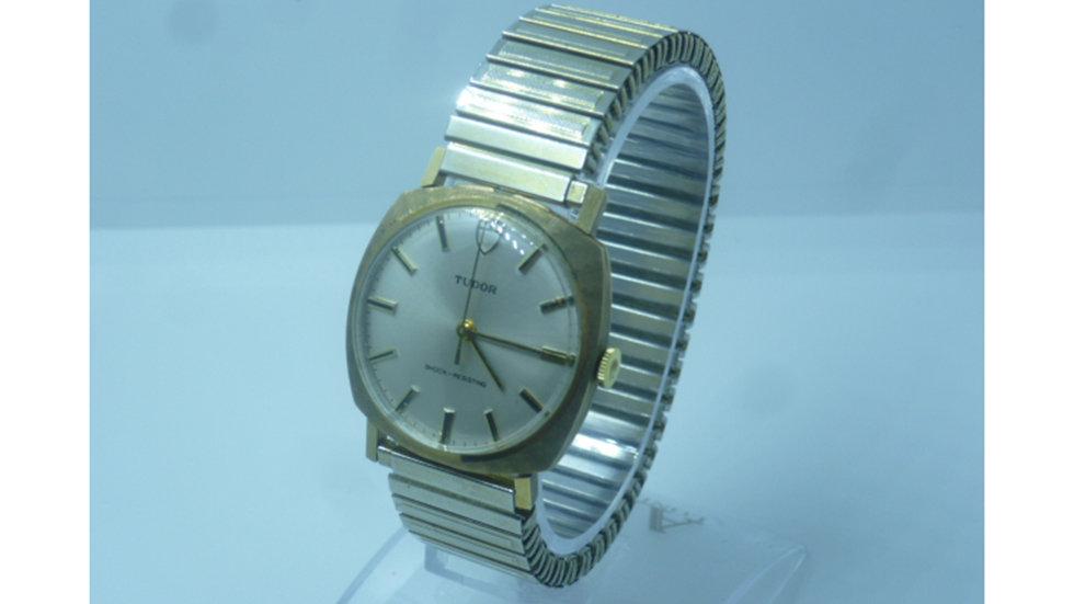 Tudor 9crt Gold Circa 1973