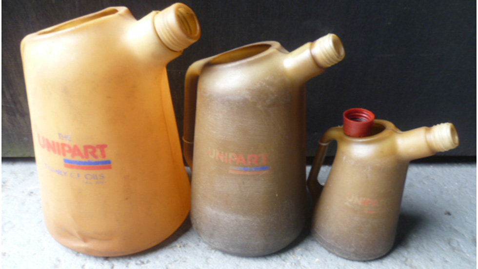 Unipart Set Of 3 Graduated Plastic Oil Jugs