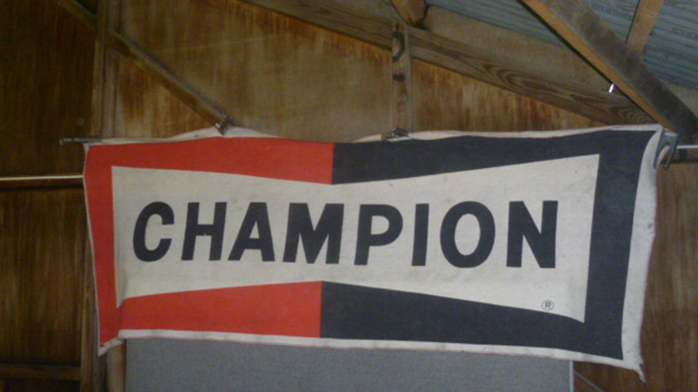 Champion Cloth Banner.