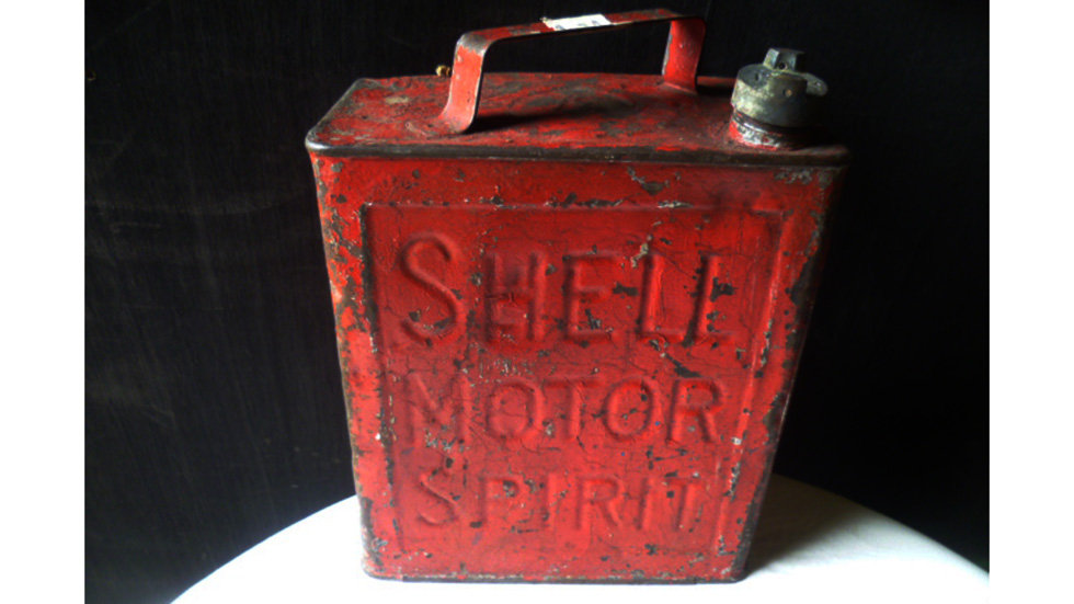 Shell Motor Sprit 2 Gallon Can