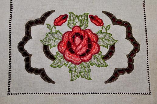 Linen Rose Runner