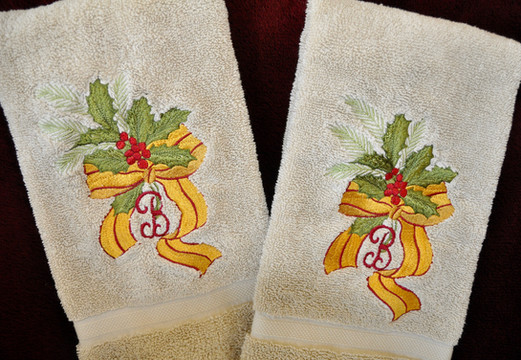 Holly Hand Towels