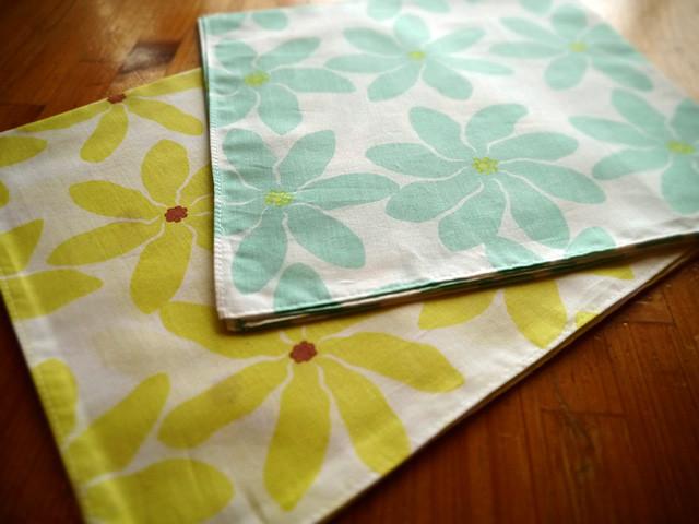"ROCO's original textile design ""Tiare, tiare, tiare!!"""