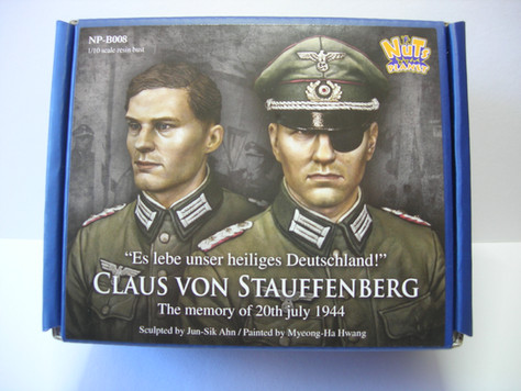 Review : [NP-B008]Claus von Stauffenberg from Nuts Planet