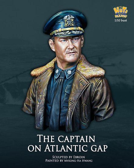 [NP-B043] The Captain on Atlantic Gap