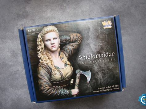 [Open-Box Review]  Shieldmaiden (Nuts Planet NP-B013) by Michal