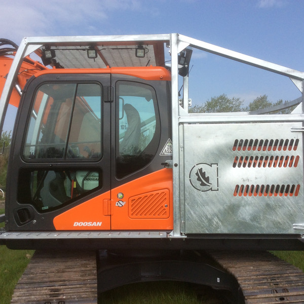 Forestry Digger Cage