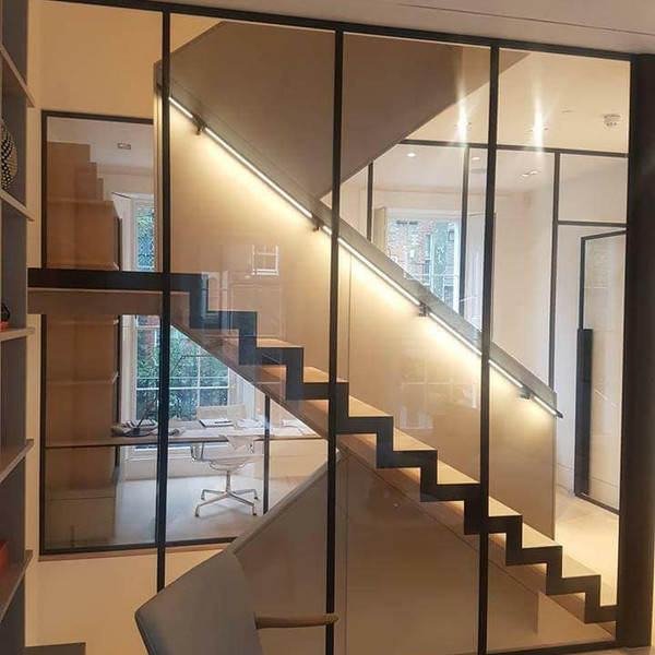 Notting Hill Cranked Staircase
