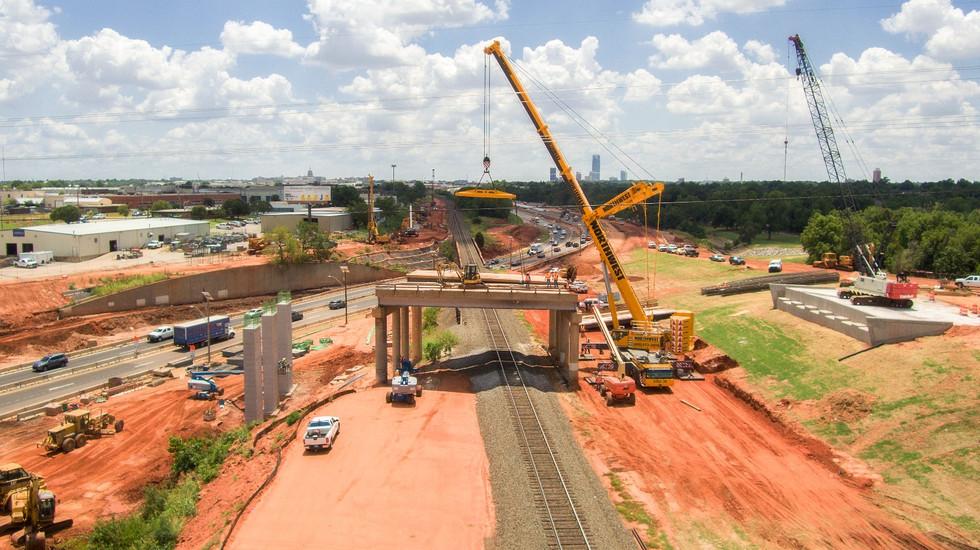 NW Crane OKC Bridge Removal 07062017-32_edited.jpg