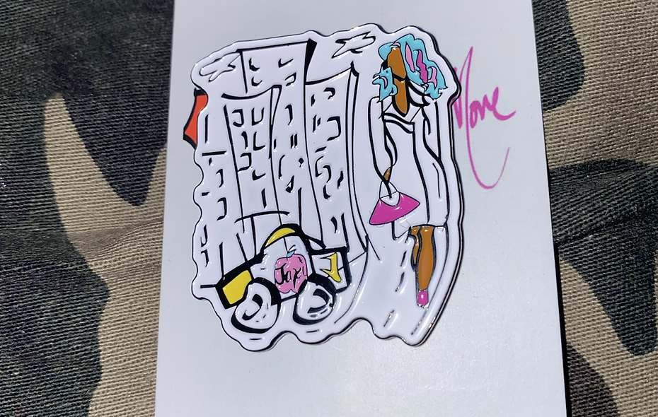 Queen on the Move Pin