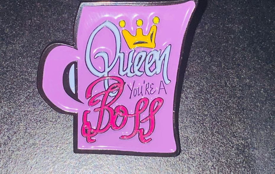The Tea: Queen You're a BOSS Pin