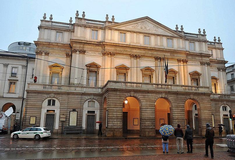 teatro-alla-scala-e-museo-teatrale-2.jpg