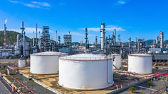 Oil refinery and petrochemical archi