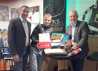 Vertreter der Wirtschaftskammer zu Besuch bei Radsport Schwödiauer