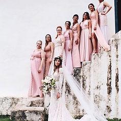 A nossa linda noiva _paulaakashi_ e suas