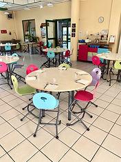 Nouveau-Mobilier-Restaurant-Scolaire (2)
