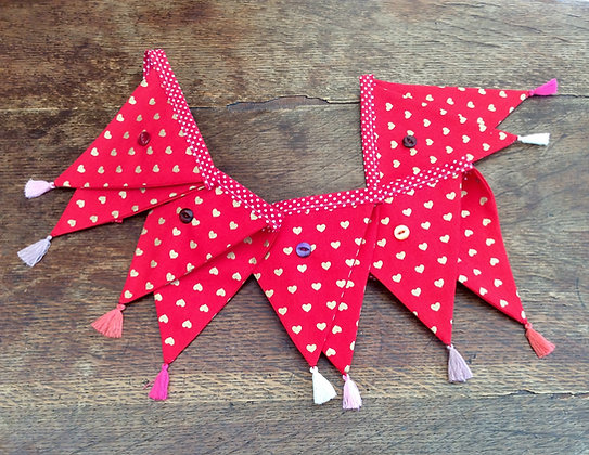 Gold Hearts On Red Bunting BTA
