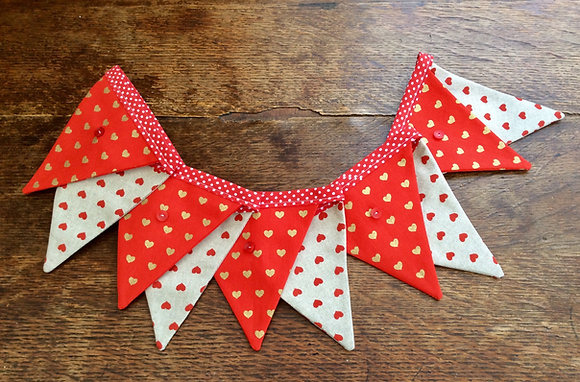 Heart With Button Bunting BTA