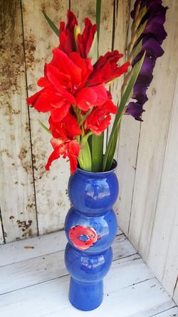 blaue Vase 3 bauchig mit hals.jpg