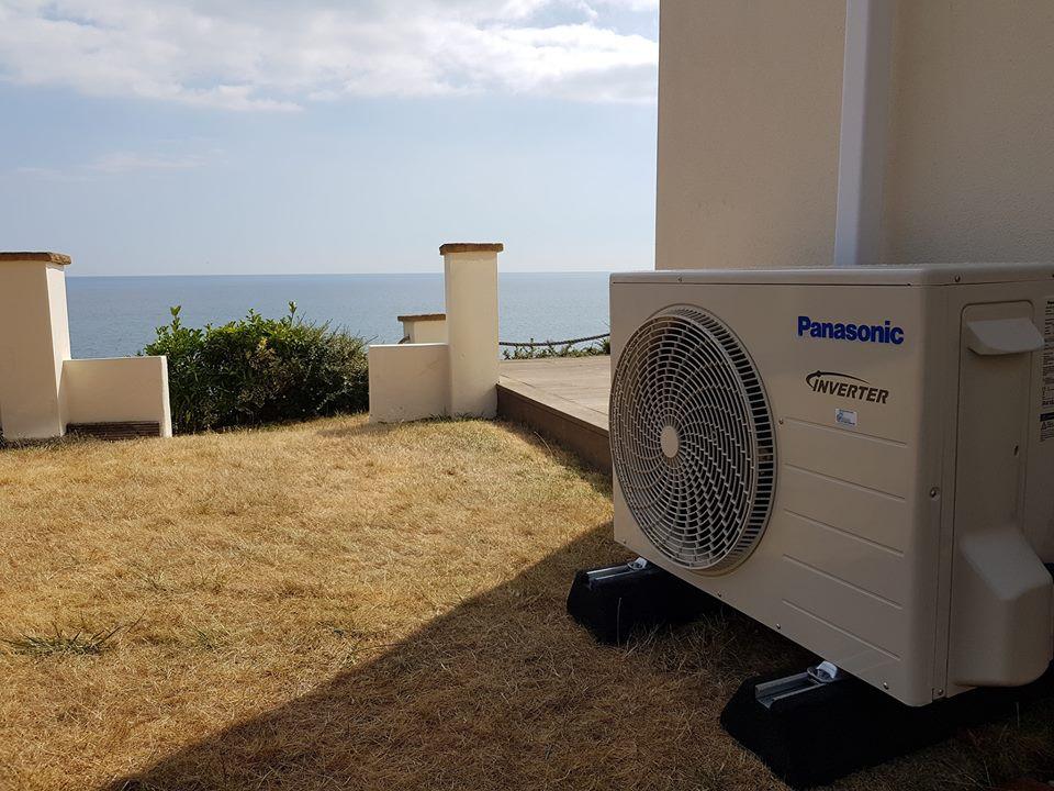 outdoor heat pump