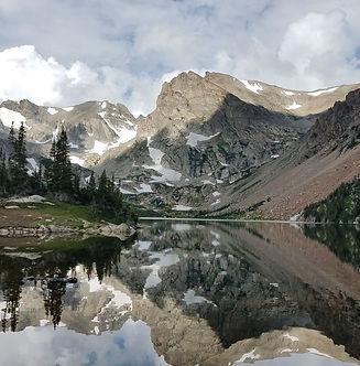 clarissa-bock-418873-mountains.jpg