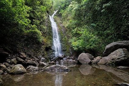 Lulumahu-Falls-Oahu-700x467.jpg