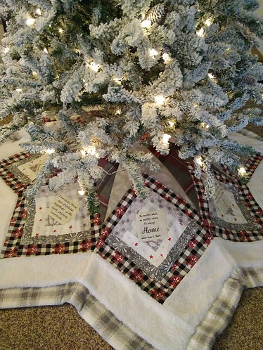 7 FEET ACROSS!! Family Values Christmas Tree Skirt