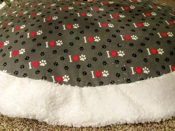 "Luv my Paws 45"" Across Christmas Tree Skirt"