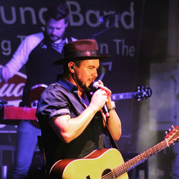 Mike of the _eliyoungband live at the _n