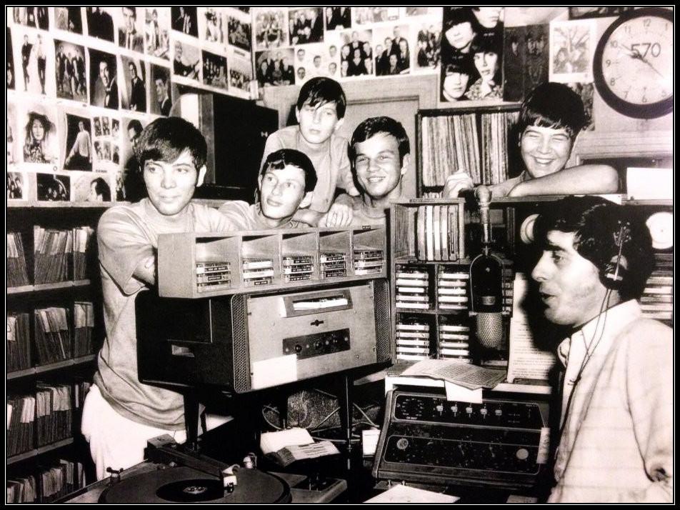 Fauxpas in WACL radio station.  L-R: William Rowell, Bill Smith, John Randall Smith, Bill Farris, Jimmy Sistar, DJ Jack Brinkley.