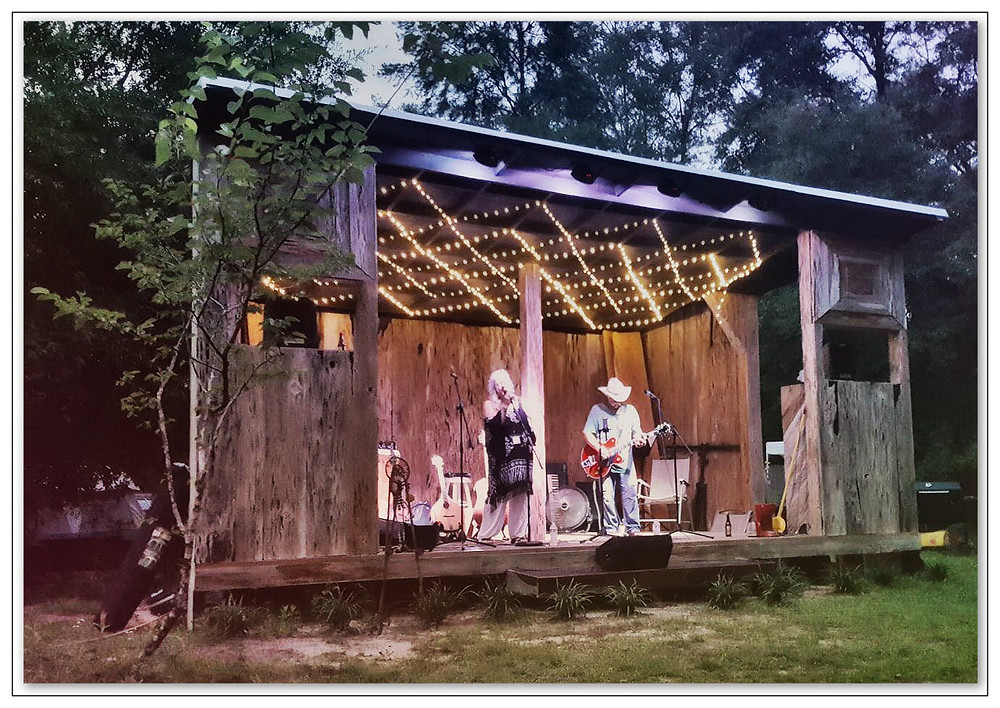 Lucky Mud performs at Maggie's Musical Farm.